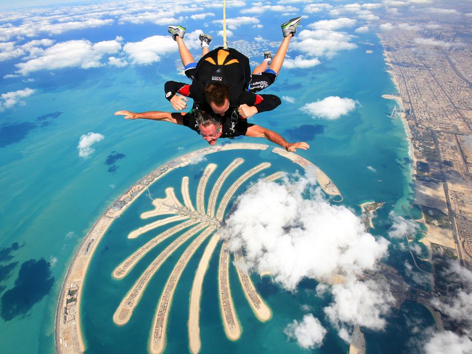 Skydiving in India : List of most popular & best spots