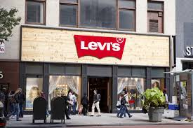 Levi Strauss to Expand Retail Footprint, Sees Revenue above Estimates